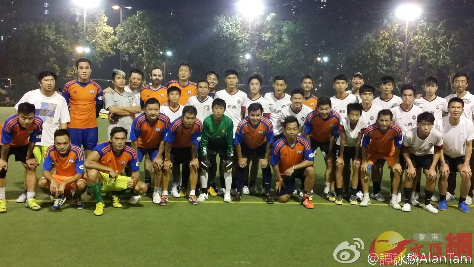 熱愛足球的譚詠麟常與香港青年球隊打比賽(網絡圖片)