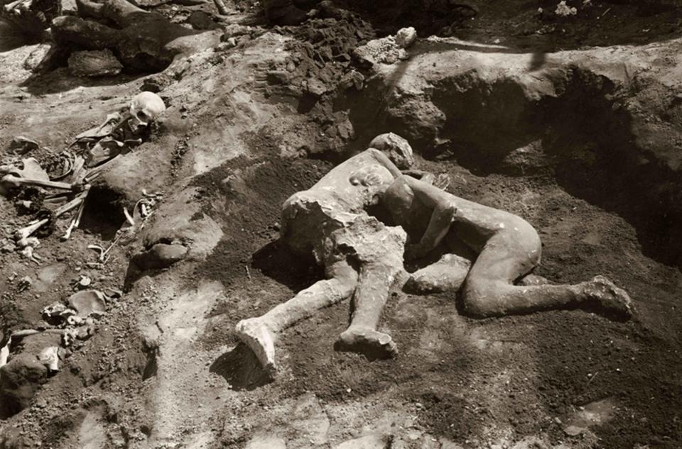 2名相擁的化石「TheTwoMaidens」在過去一直被認為是「兩名少女」