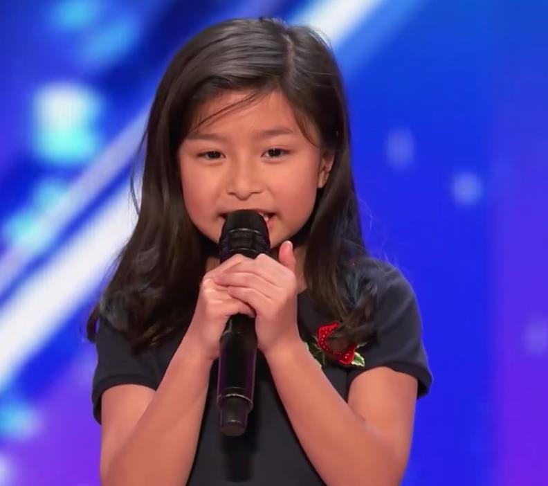 9歲「香港小巨肺」Celine聲撼《全美一叮》FB視頻3日吸睛4千萬(譚芷昀Facebook)