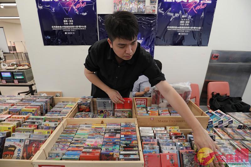 展覽現場還有各式各樣的復古遊戲碟片