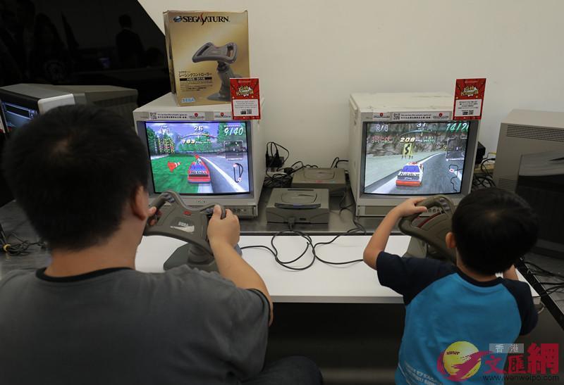 超過百部復古遊戲機市民均可免費試玩