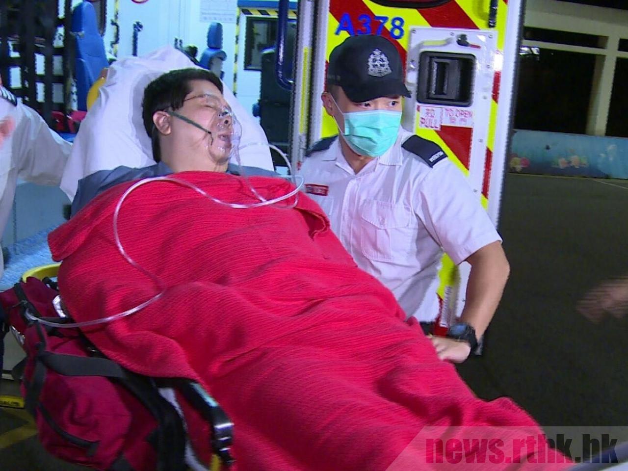 林子健深夜報稱不適,救護車由紅磡警署將他送到伊利沙伯醫院急症室。