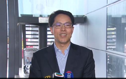 張曉明在機場講話,寄語港人要相信自己、相信香港、相信國家(電視截圖)