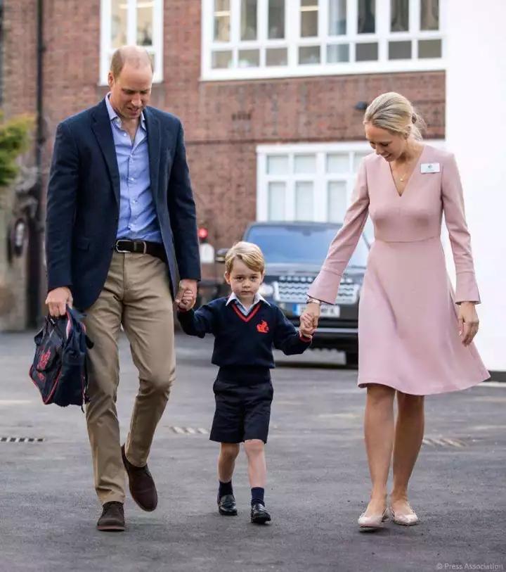 喬治小王子開學第一天