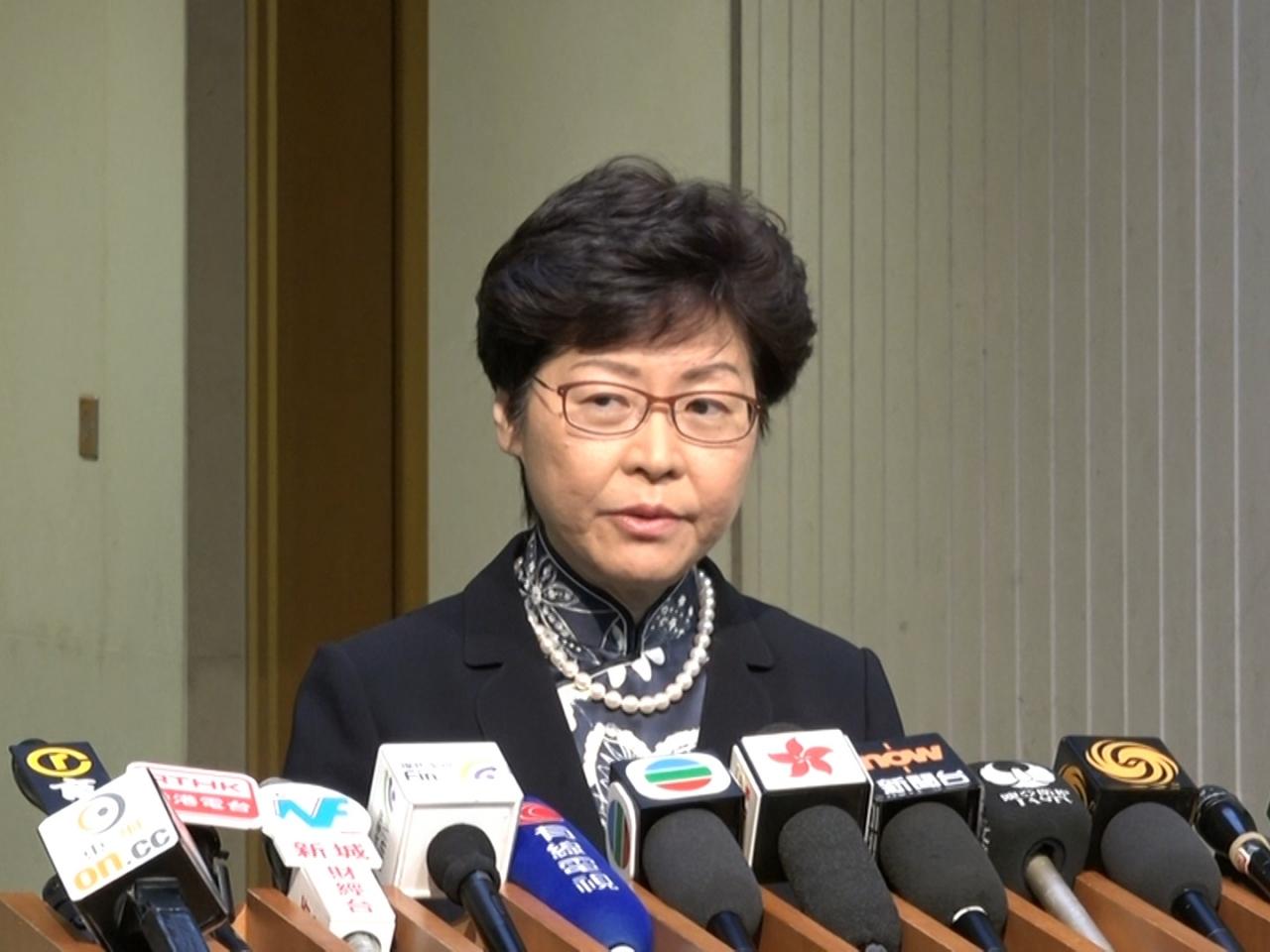 林鄭月娥希望非建制派議員也支持一地兩檢方案。(香港電台)