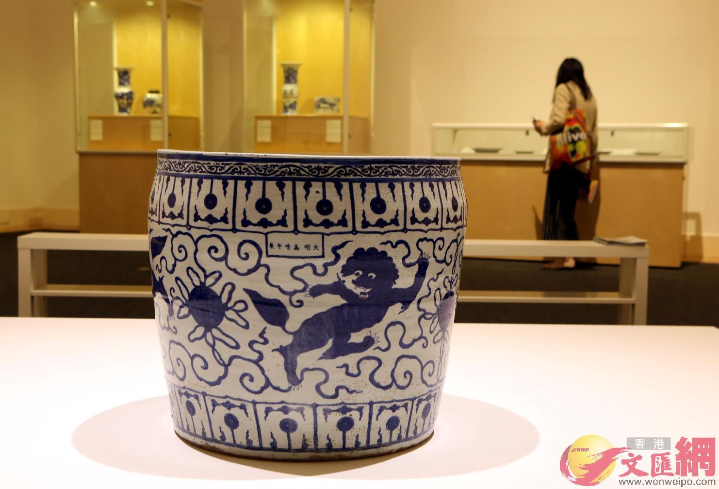 逾百明清陶瓷珍品亮相港大美術博物館