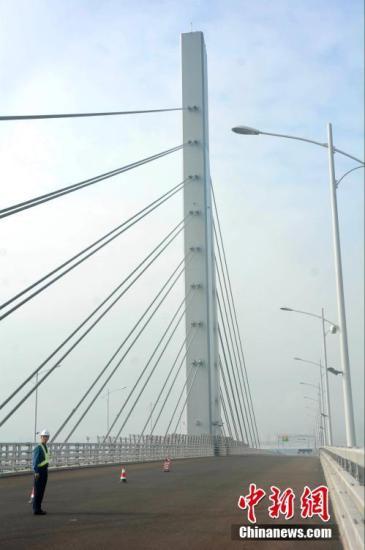 港珠澳大橋年底具通車條件 大灣區建設進「快車道」