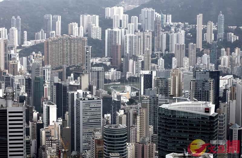 陳茂波指香港樓價已超出一般市民的負擔能力 (文匯報資料圖片)