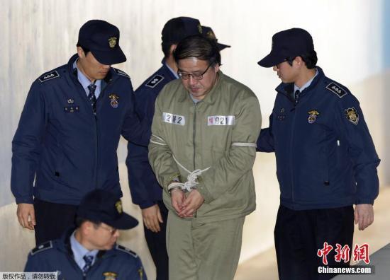 當地時間2017年1月11日,韓國首爾中央地方法院進行「親信門」核心涉案人崔順實的第二次庭審。