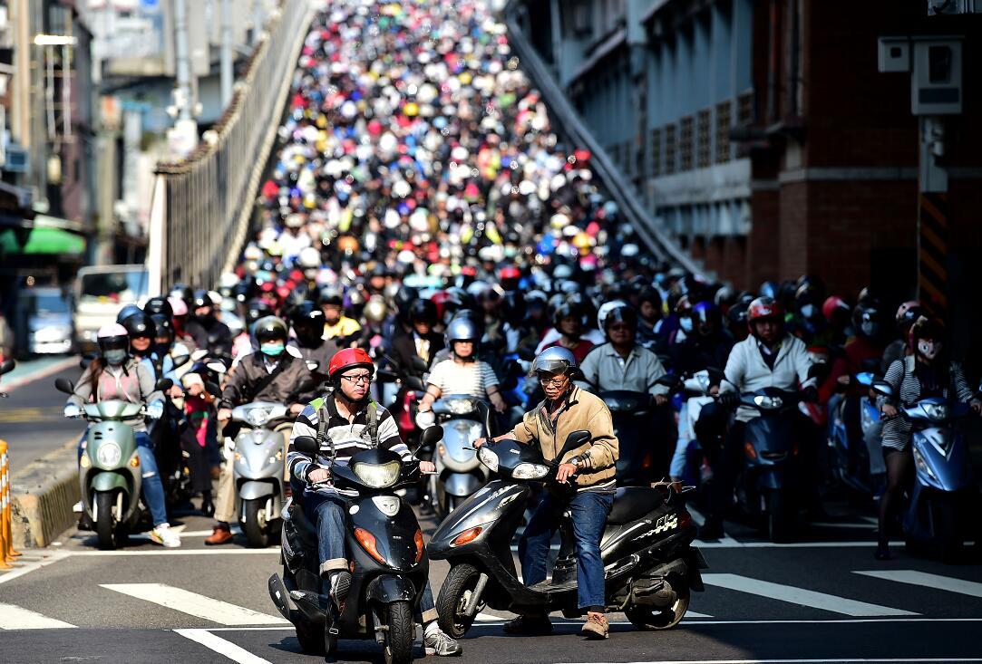 台灣是世界摩托車密度最高的地區 (新華社資料圖片)