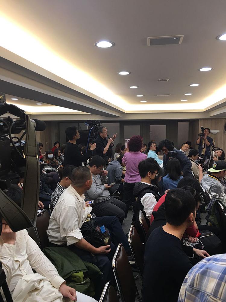 早前在台灣由「台獨」政黨「時代力量」舉辦的論壇,已見林保華、楊月清身影