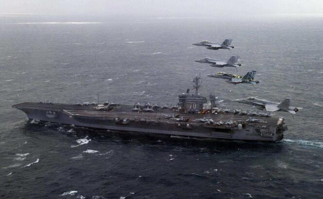美國海軍卡爾·文森號航母