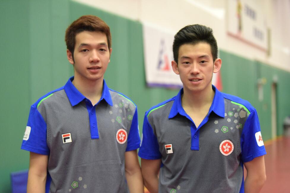 港乒乓球代表團成員黃鎮廷(右)、何鈞傑(左)備戰2018世乒團體錦標賽