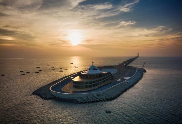 港珠澳大橋西人工島,攝於2018年1月15日。(來源:中國日報網)