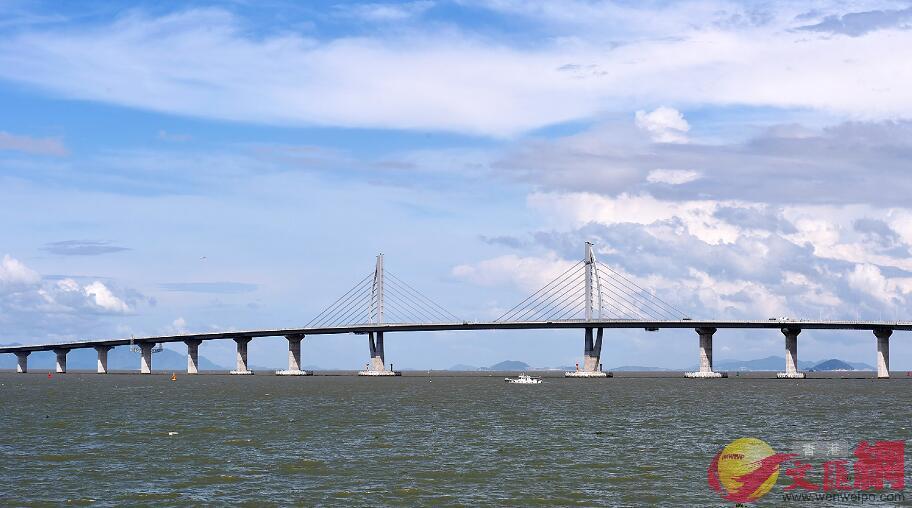 港珠澳大橋開通日期將報請中央確定。圖為港珠澳大橋(資料圖片)