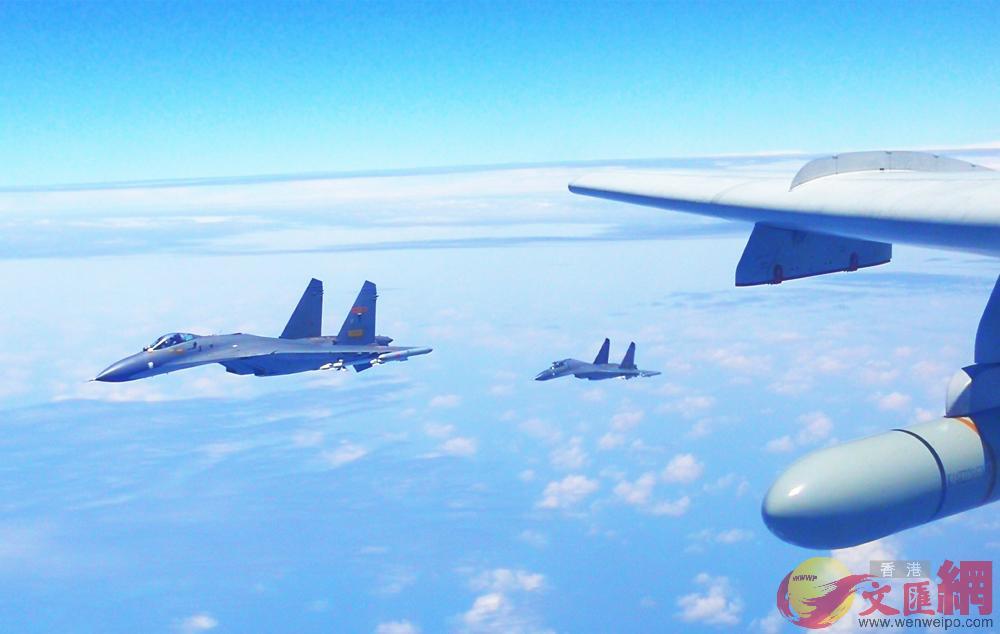 中國空軍轟-6K等多型戰機19日開展海上方向實戰化軍事訓練 新華社