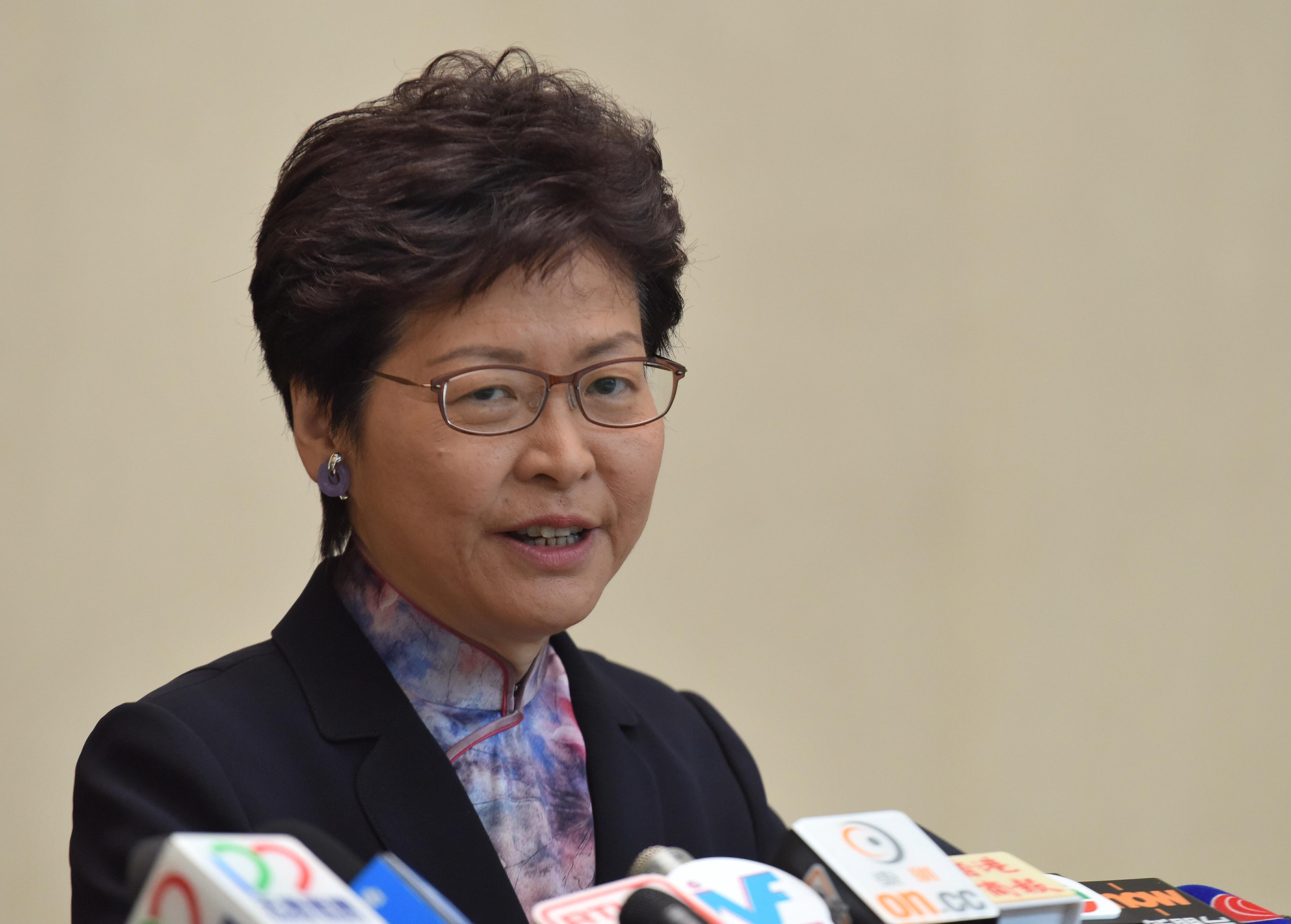 5月15日,香港特區行政長官林鄭月娥出席行政會議前會見傳媒。(來源:香港中通社 )