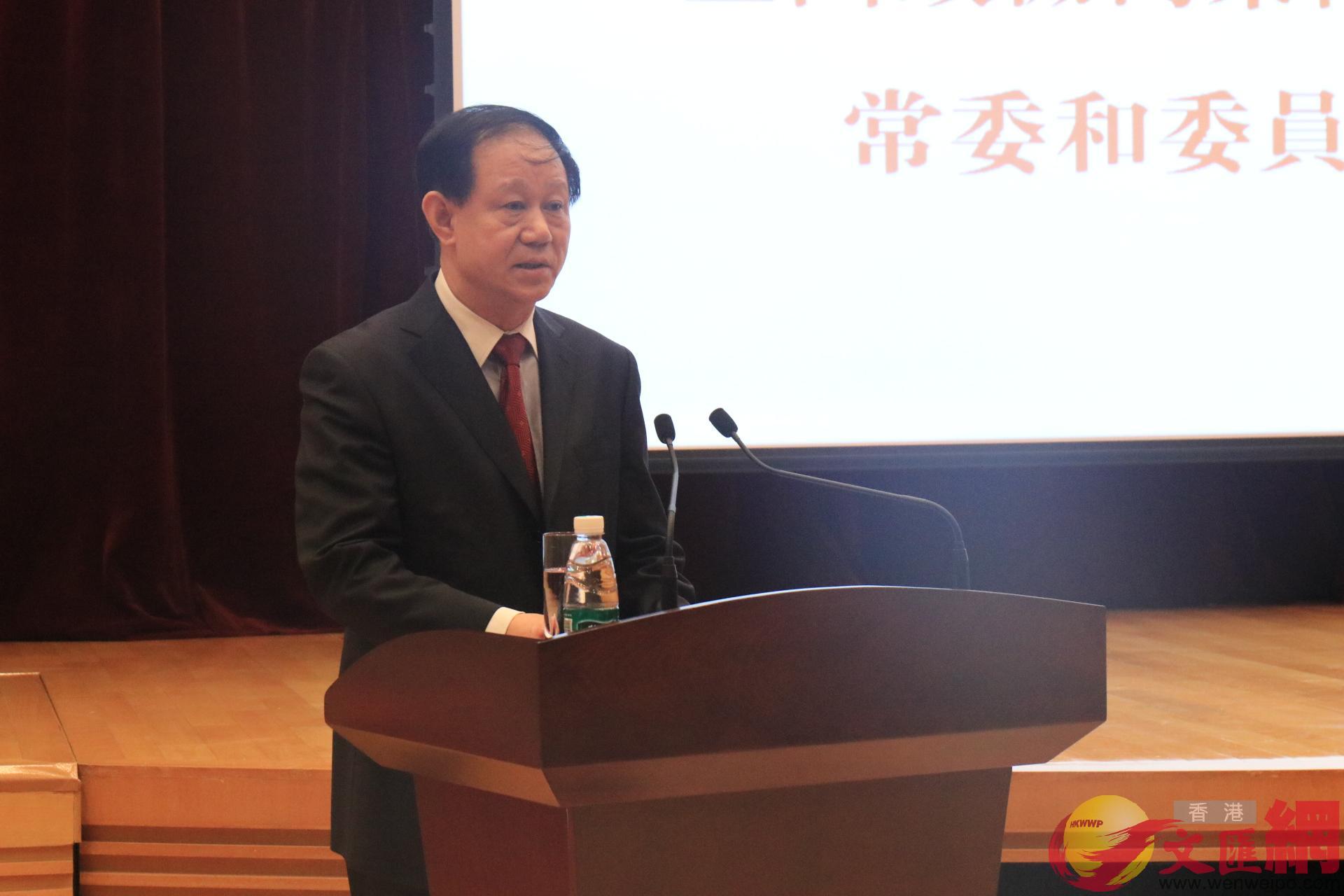 全國政協副秘書長潘立剛發表講話