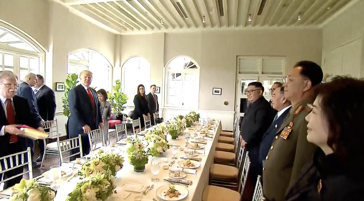 美朝雙方共晉工作午餐(視頻截圖)