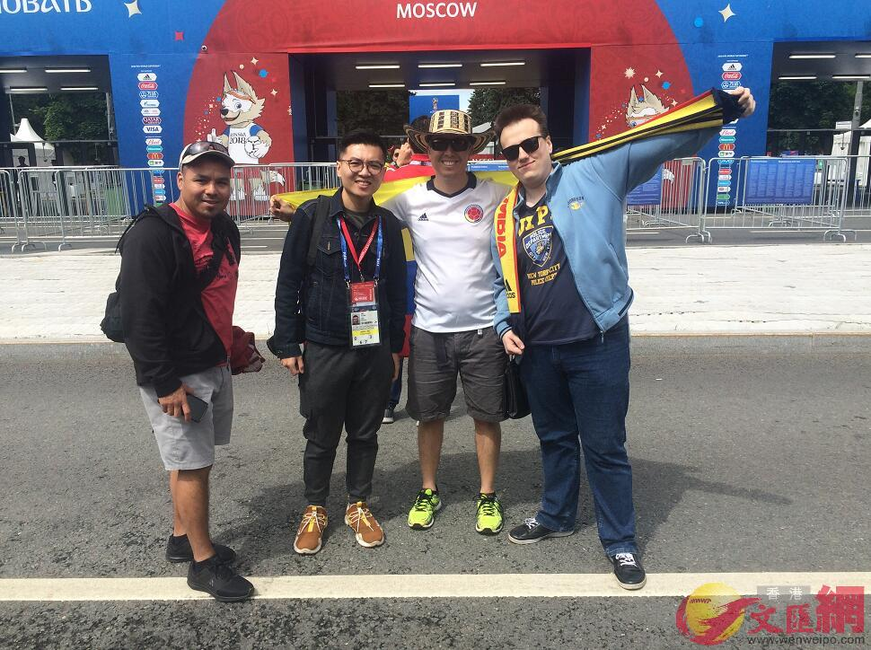 圖片左起:Jaymar, 大公文匯全媒體記者何嘉軒,Eddie, Igor