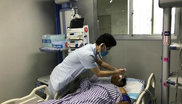 傷者被送到當地醫院救治
