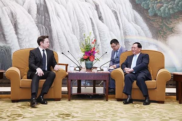 李強(右)會見馬斯克