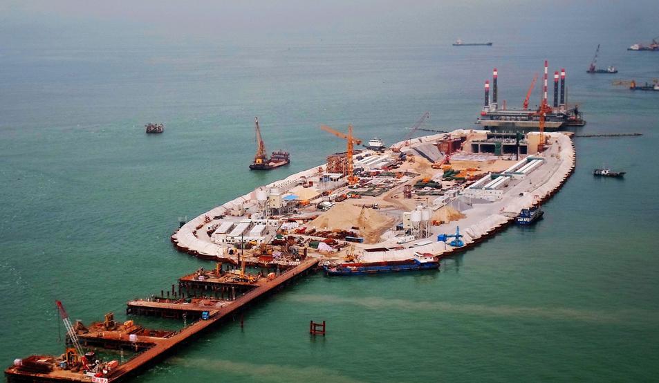 港珠澳大橋混凝土壓力測試被揭涉嫌造假(大公報資料圖)