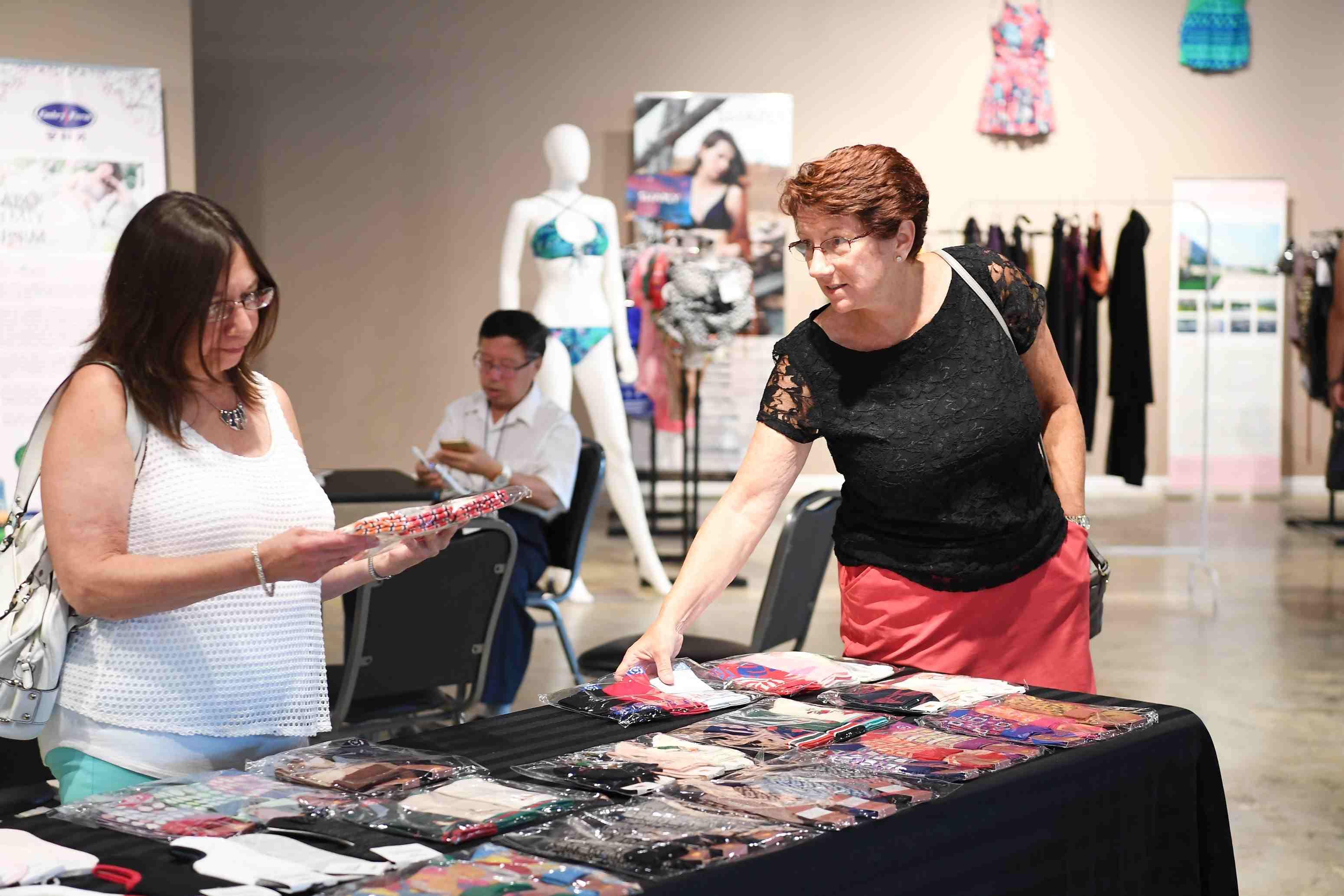 今年7月,深圳內衣美國展銷中心在美國默特爾比奇(Myrtle Beach)市成立。