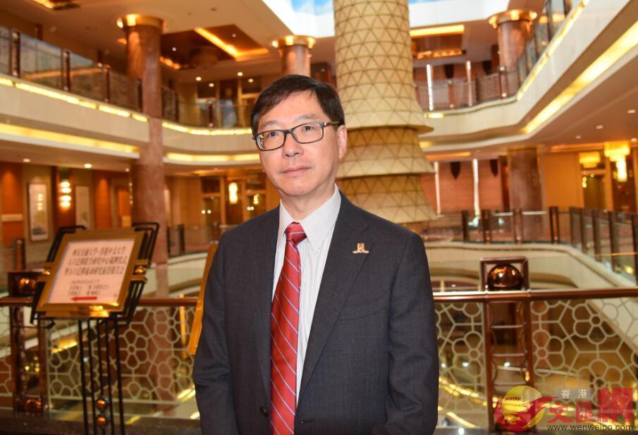 人口遷移聯合研究中心(香港中文大學)主任、香港中文大學社會學系主任方偉晶接受本報記者採訪。(記者李陽波 攝)