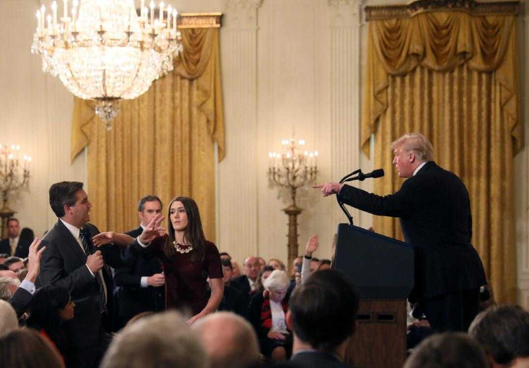 特朗普在記者會上指責CNN記者是人民公敵(路透社)