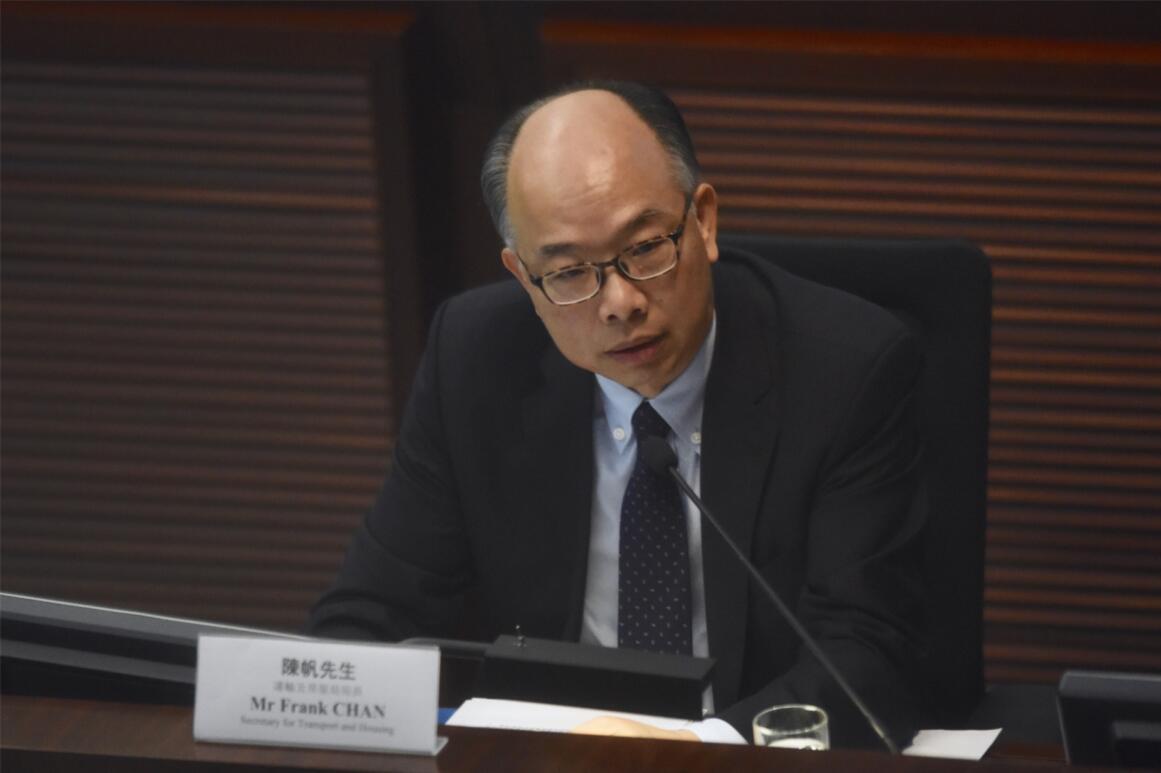 陳帆表示,高鐵香港段總乘客量近200萬,相信未來乘客量將穩步增長。