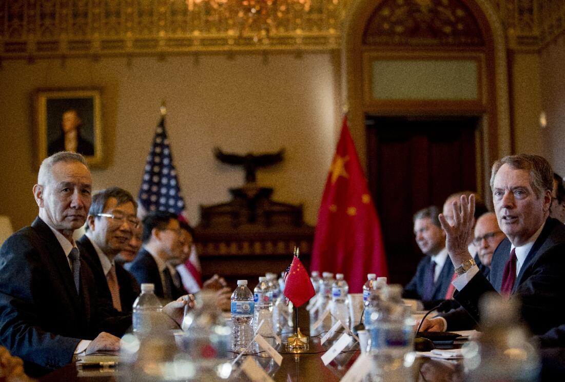 中美在華盛頓召開高級別經貿會談(美聯社)