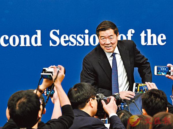 3月6日,國家發改委主任何立峰出席十三屆全國人大二次會議記者會時透露,中央將加大力度支持大灣區創建國際科創中心。新華社