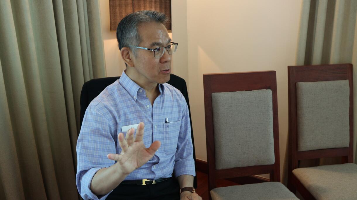 智庫「香江智匯」會長周伯展強烈譴責反對派議員暴力行為。