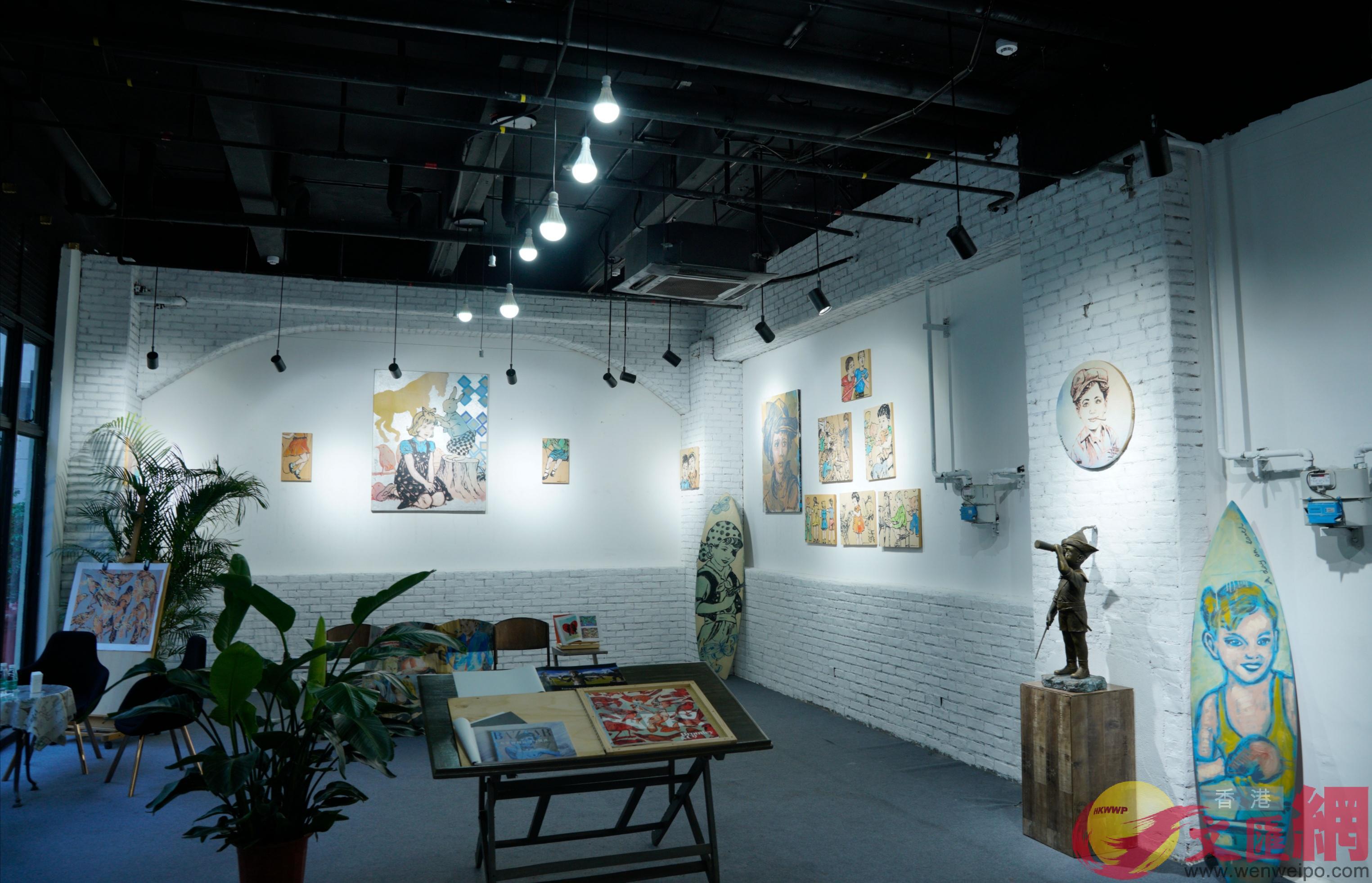 90後海歸大灣區建「咖啡+畫廊」公益藝術空間 澳洲特色展品增跨界文化交流