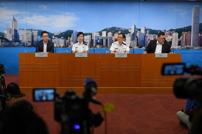 香港特區政府警務處、消防處、醫院管理局和港鐵公司舉行聯合記者會,澄清關於8月31日港鐵太子站事件的謠言,表示當日站內無人死亡。