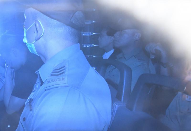 梁天琦昨坐囚車到達高院,處理上訴申請。圖片來源:大公報