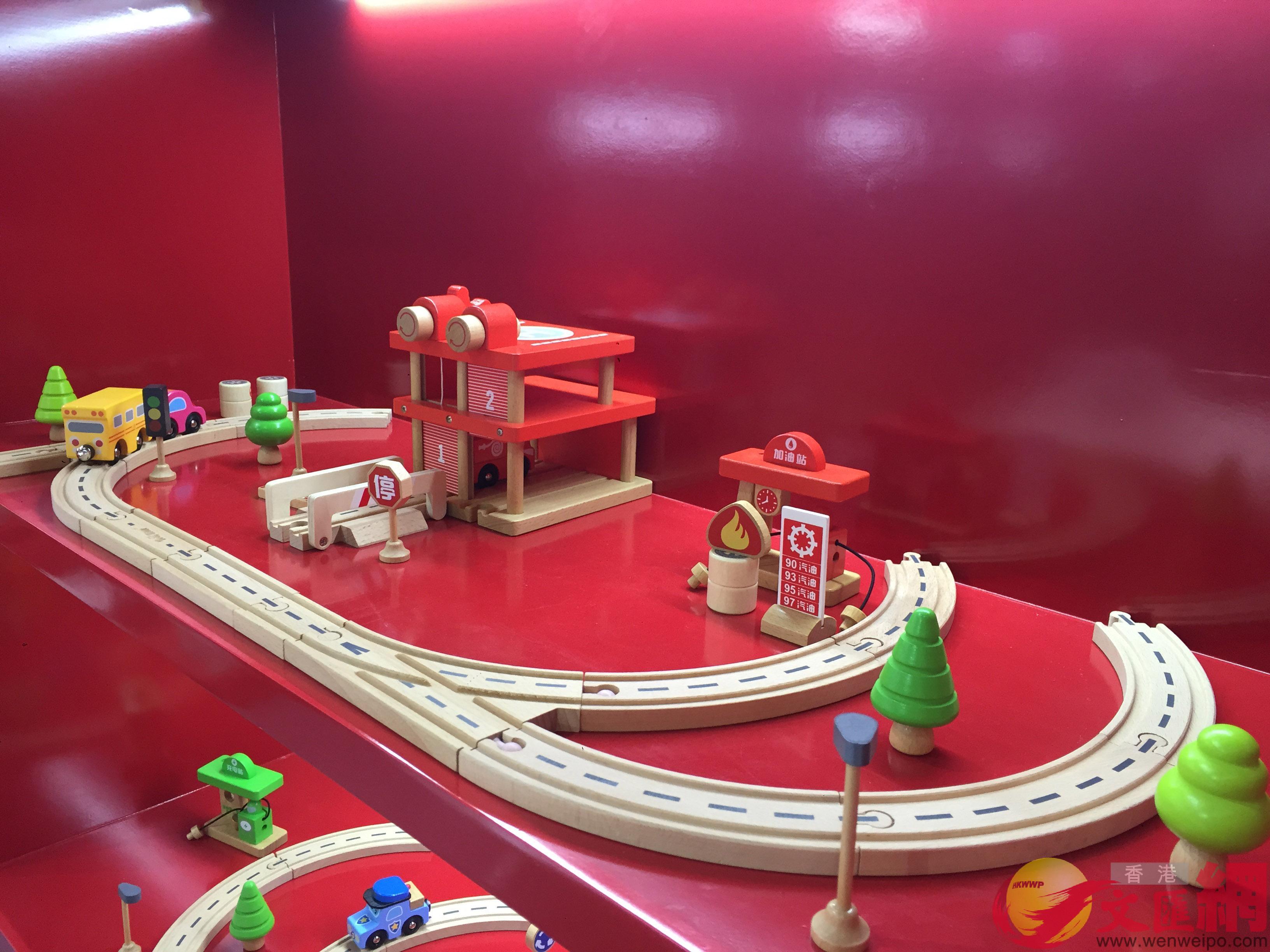 中國玩具本土品牌基本都堅守國內,多招式尋求出路。(記者 方俊明攝)