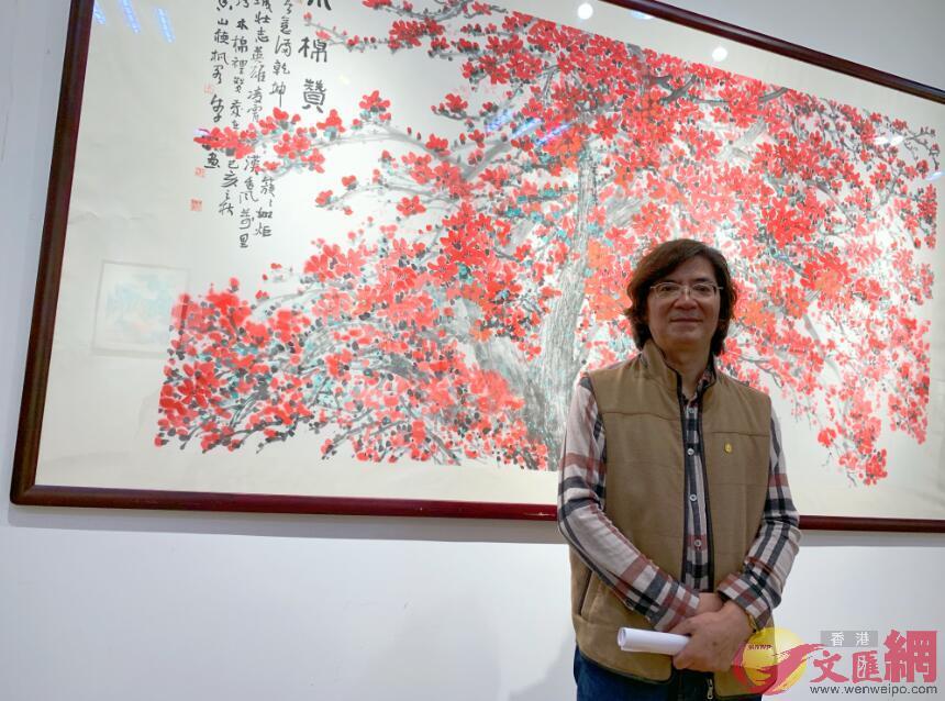 作為湘楚子弟,唐湘子自幼受湘楚文化孕育,現為北京香山畫院院長,中國美術雜誌副主編,中國美術家協會會員。 記者熊君慧攝