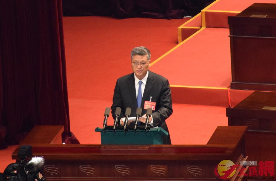 廣東省省長馬興瑞在作政府工作報告(記者盧靜怡 攝)
