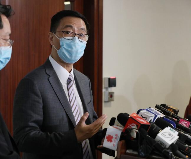 楊潤雄表示,維持下周一小四至中二復課(資料圖片)
