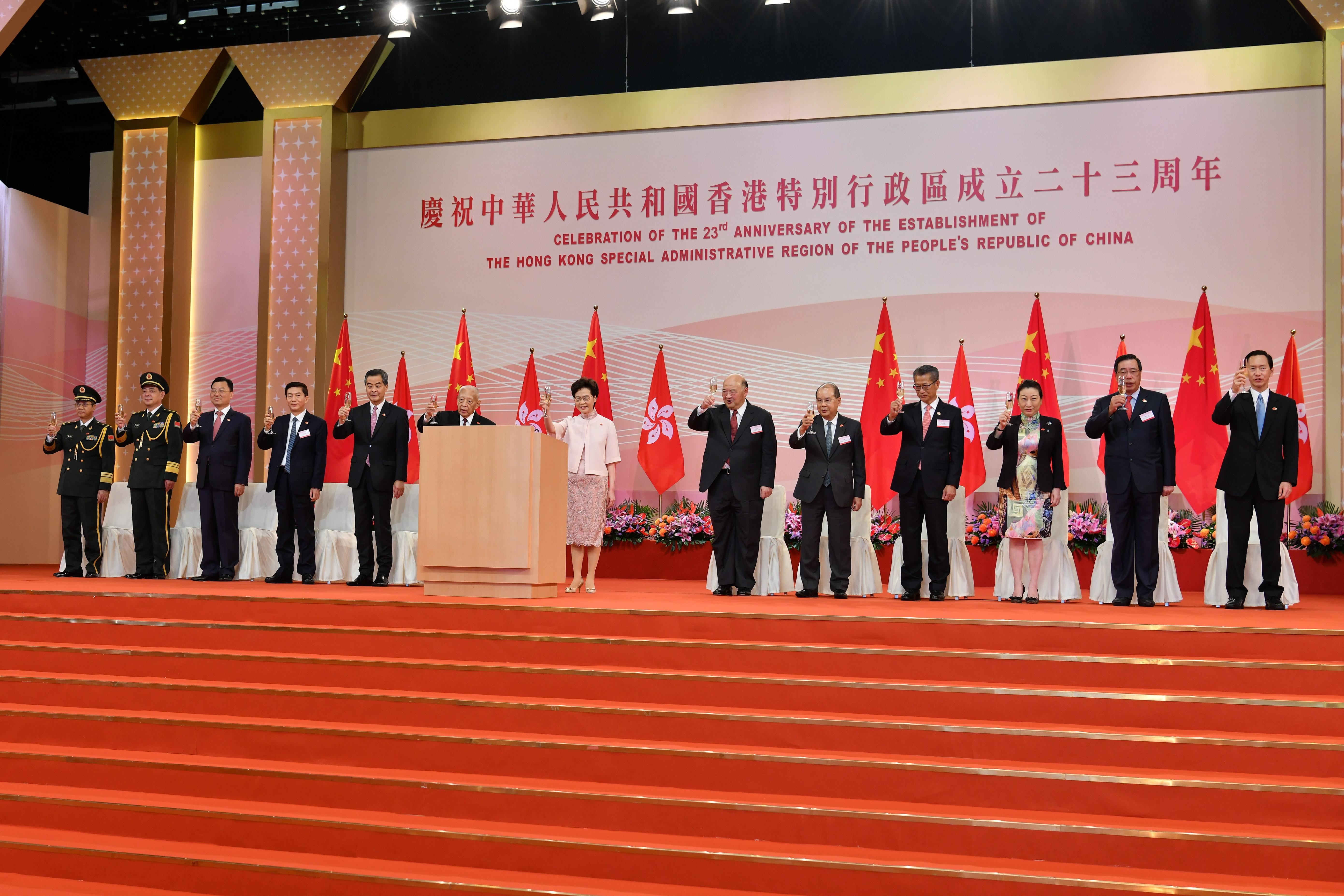張建宗表示,香港國安法守護「一國兩制」不受損、守護市民的基本權利和自由不受損、守護司法獨立不受影響(網誌圖片)