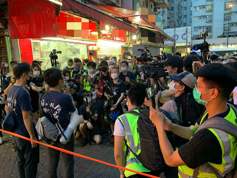 涉嫌組織未經批准集結,4名泛暴派區議員被捕。(香港警察fb)