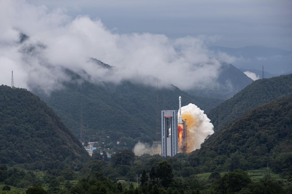 6月23日,我國北斗三號全球衛星導航系統最後一顆組網衛星在西昌衛星發射中心點火升空。資料圖