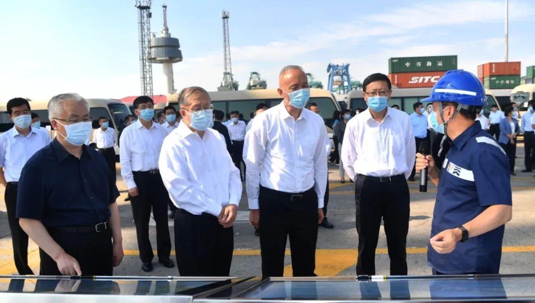 北京黨政代表團赴天津港考察